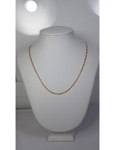 Cadena oro 40cm de largo...